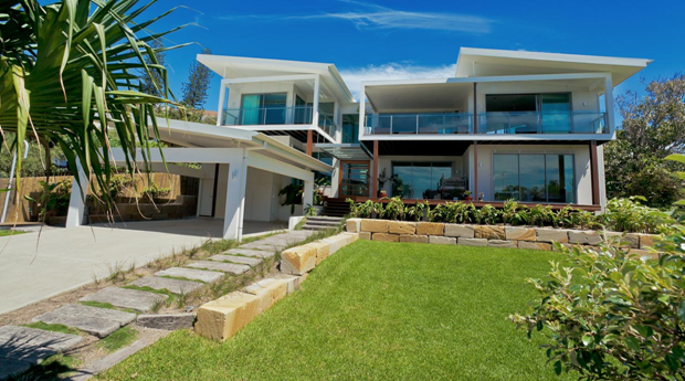 Queenslander beach house design