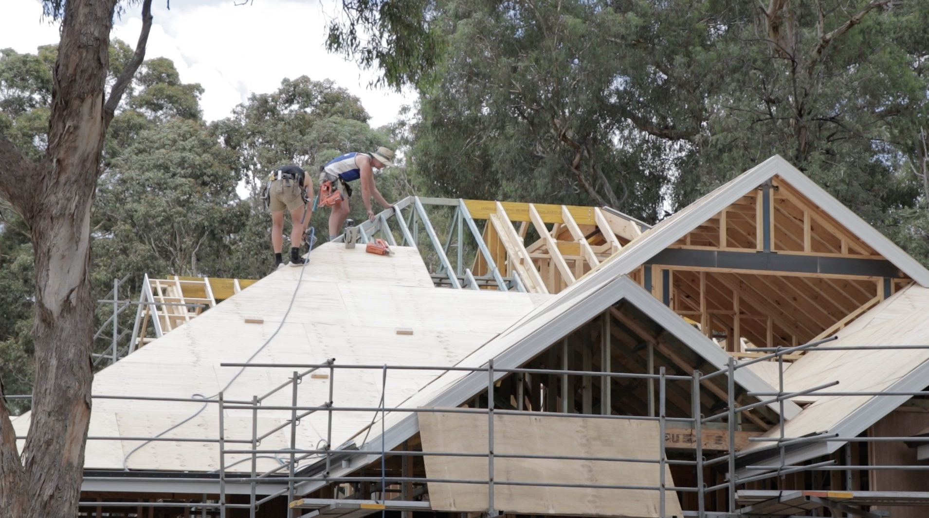 How To Install A Roof >> How To Install Plywood Roof Sheathing For The Perfect Roof